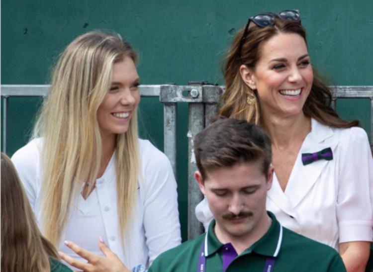 Кейт Миддлтон снова нарушила протокол. Во время теннисного матча она отказалась от королевской ложи и разместилась на обычной трибуне