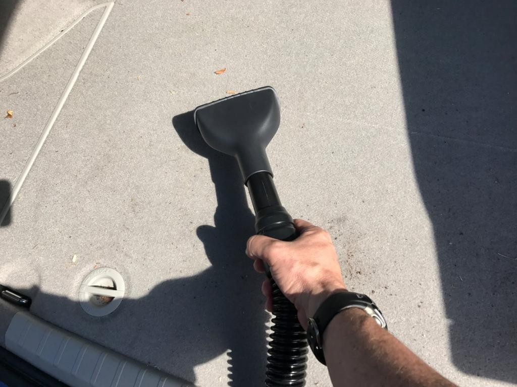 Как помыть машину за 10 простых шагов: лайфхаки, которым научил меня мой друг
