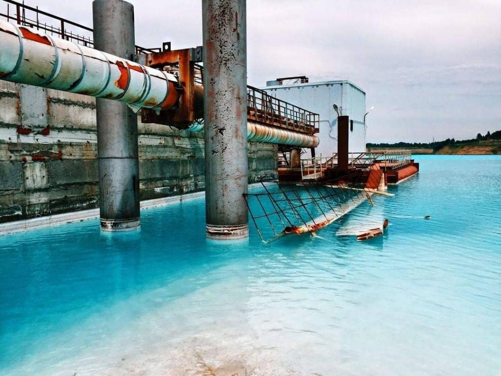 Сибирские Мальдивы: на Севере разлилось токсичное озеро