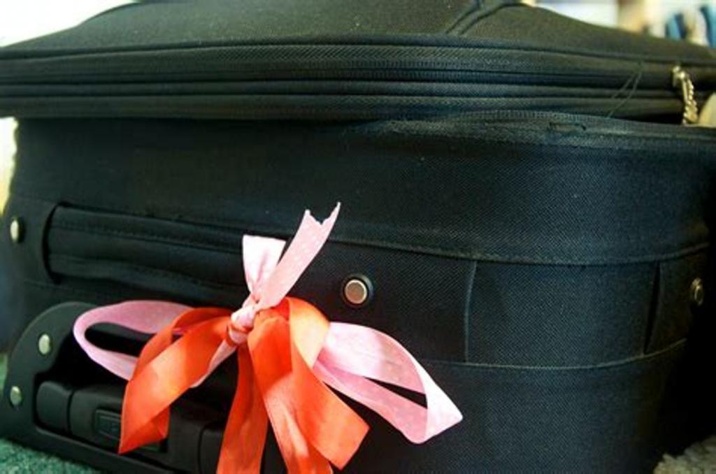 Скручивать одежду валиками: как сделать поездку более комфортной
