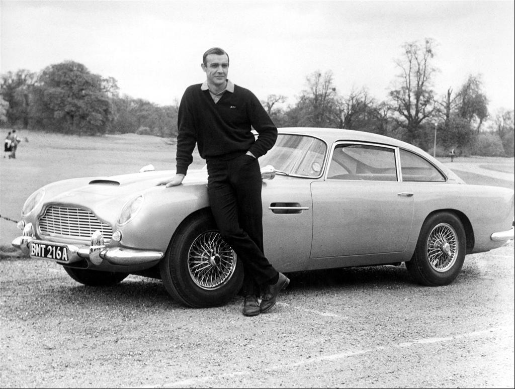 Aston Martin DB5: автомобиль Джеймса Бонда за 6 миллионов долларов выставлен на аукционе