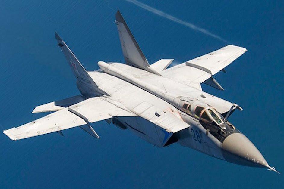 ТОП-5 самых быстрых военных самолетов, с до сих пор не превзойденными скоростными характеристиками: 3 из них - советские