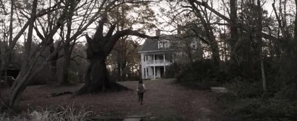 Мы его отремонтируем и будем жить: пара приобрела легендарный дом из фильма ужасов «Заклятие»