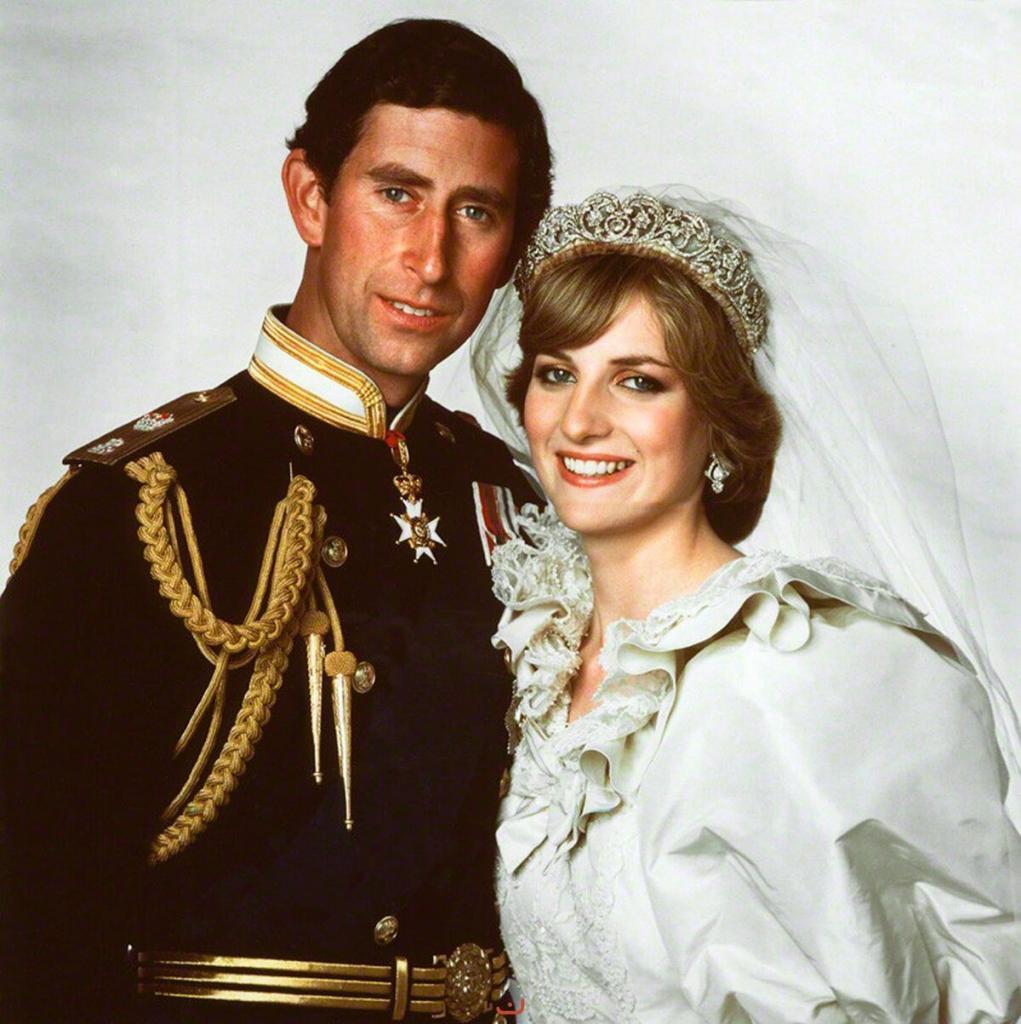 Принцессу Диану травмировал ответ Чарльза, когда на интервью его спросили любит ли он свою невесту - смысл его слов до сих пор остается загадкой