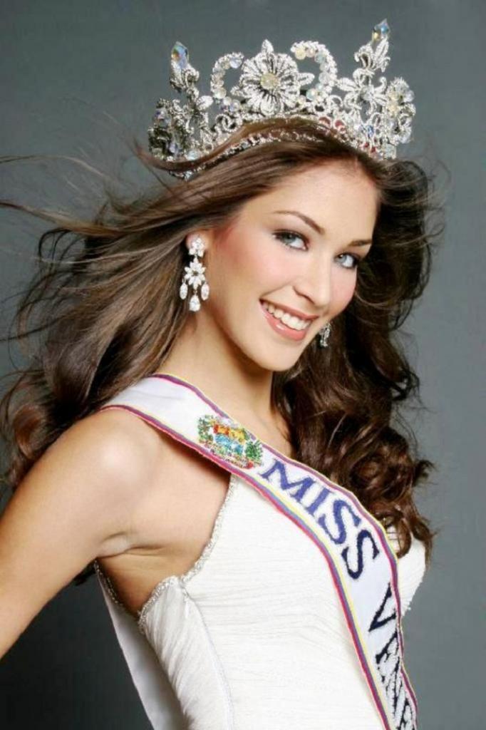 Не только в России живут красавицы: самые яркие победительницы конкурса красоты