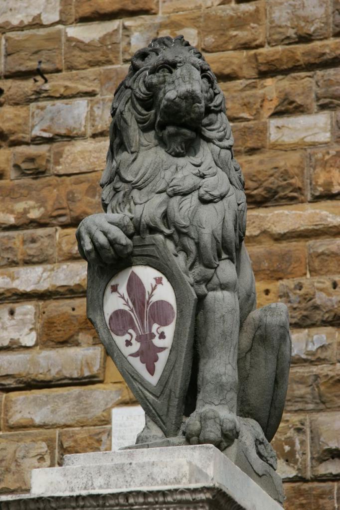 лев Марцокко с гербом Флоренции