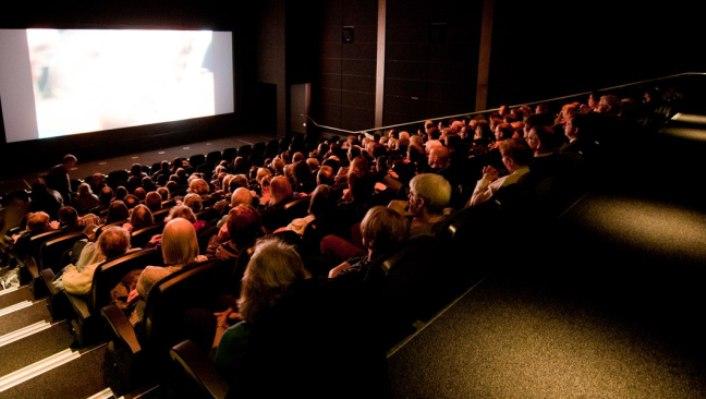 Кинотеатры с премьерами
