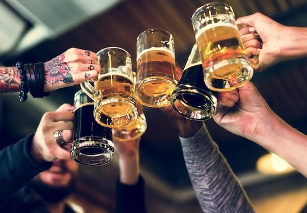 Чрезмерное употребление алкоголя это