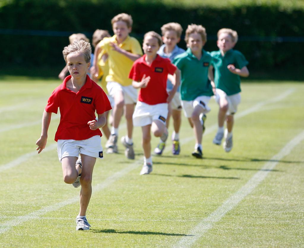 running schoolchildren