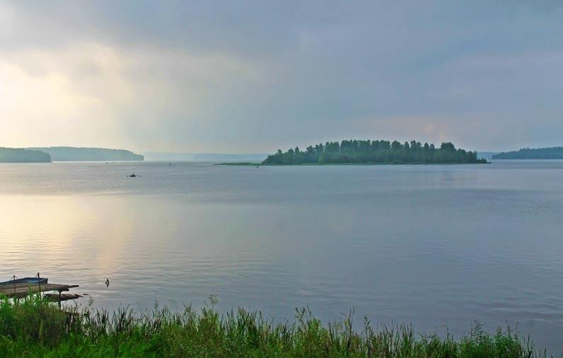 Volchikhinsky reservoir (Sverdlovsk Sea)