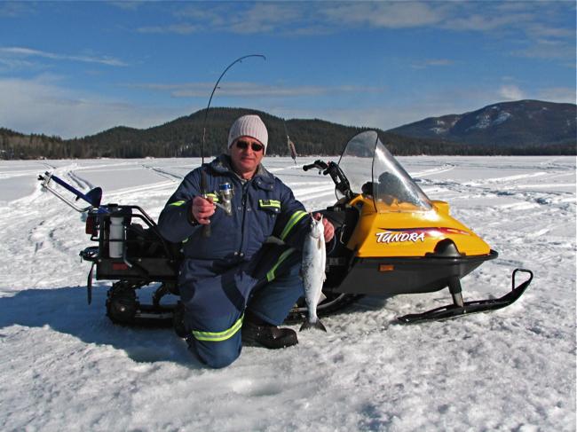 Снегоход - залог удачной рыбалки