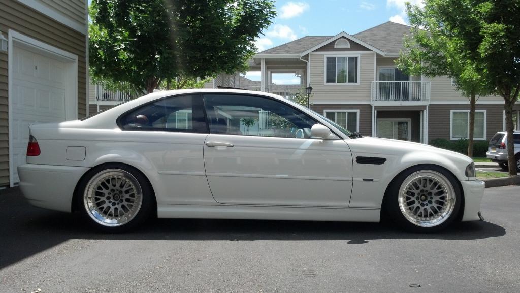 BMW E46 white front