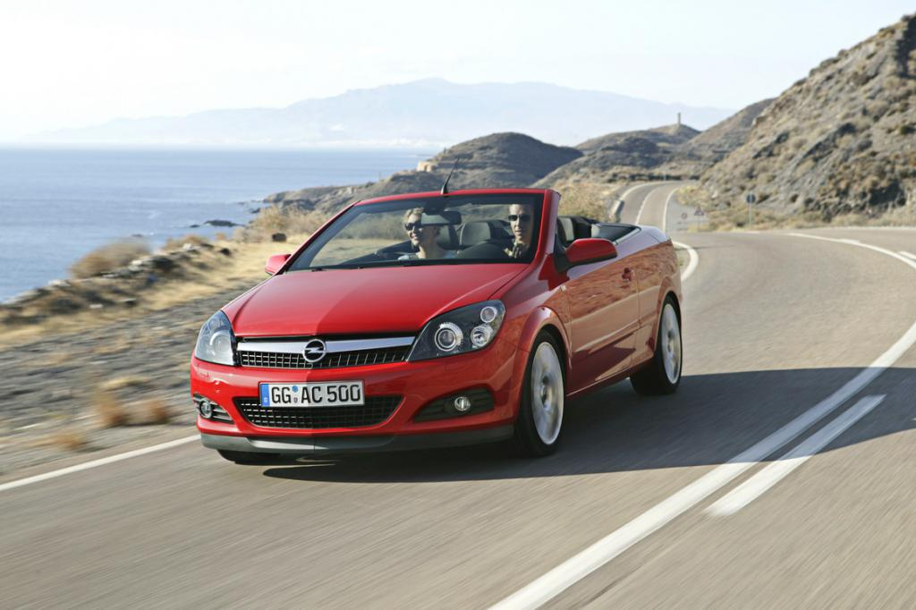 """""""Opel Astra"""" convertible red"""