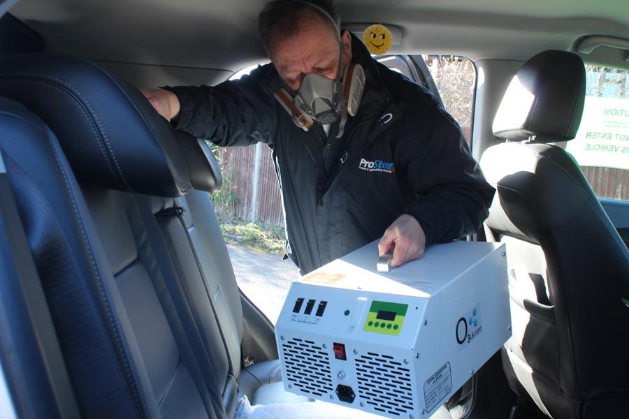 Размещение озонатора в салоне автомобиля