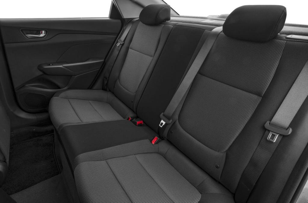 Our goal is to remove the rear seats Hyundai Solaris