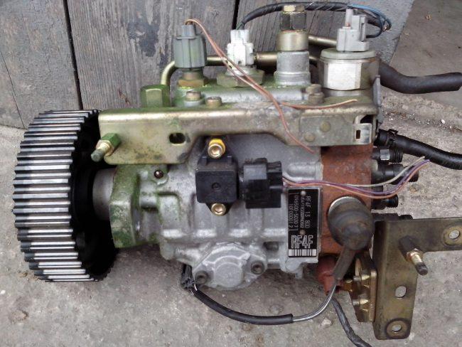 Mazda r2