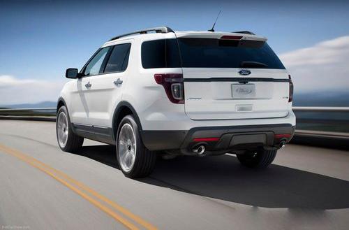 Дорого ли ездить на Ford Explorer IV