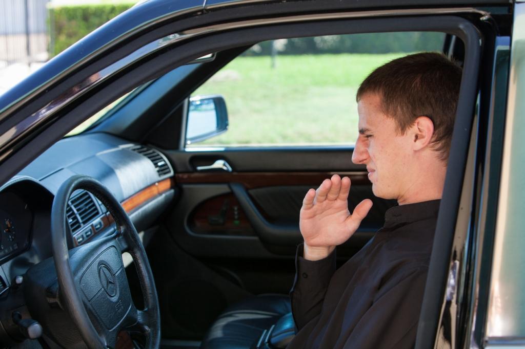 Запах выхлопных газов в салоне автомобиля