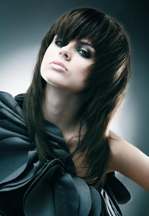 Фото о моде: Модные стрижки для длинных волос 2012