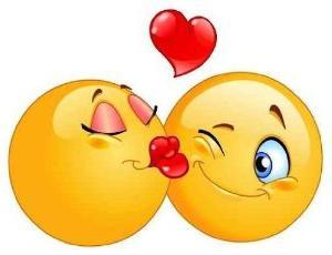 целоваться со знакомым мужчиной в губы