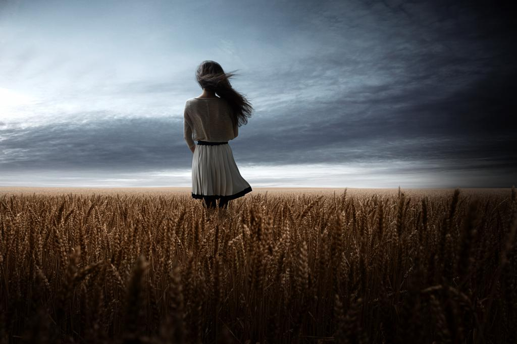 девушка тревога одиночество страх