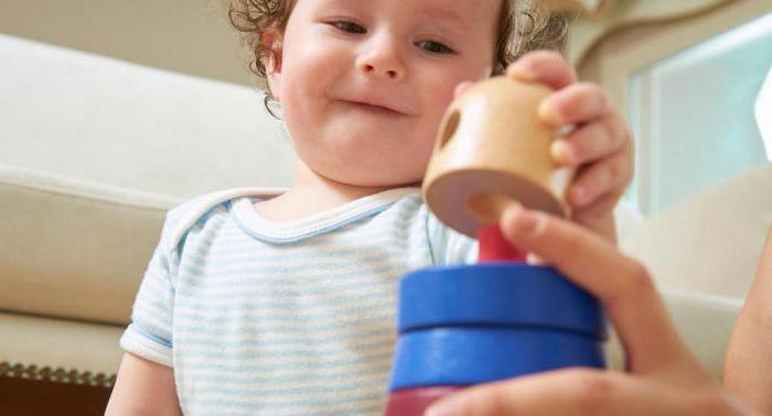 Чем заняться с ребенком 1 год
