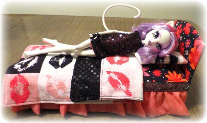 Как сделать для кукол монстер хай кровать