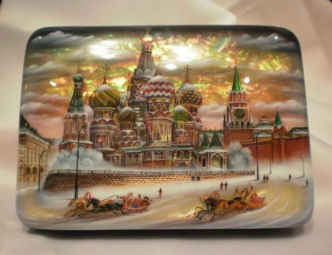 Что привезти из москвы в подарок иностранцу
