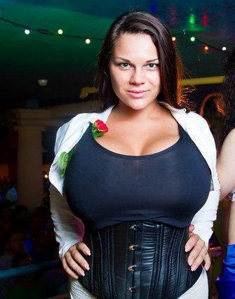 Самая большая силиконовая грудь в россии