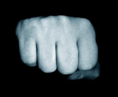 набитые кулаки
