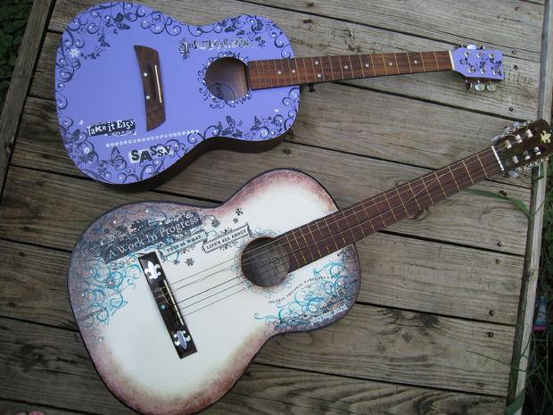 Как украсить гитару?