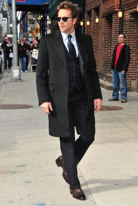 Под что носить мужское пальто в