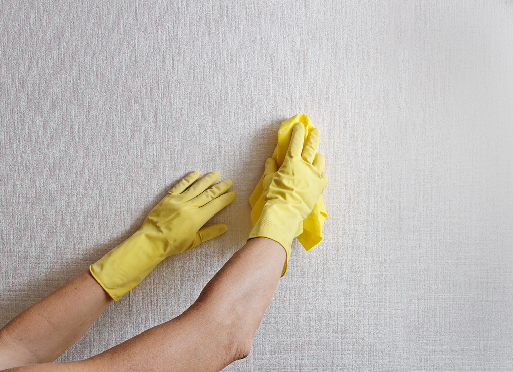 wallpaper cleaning
