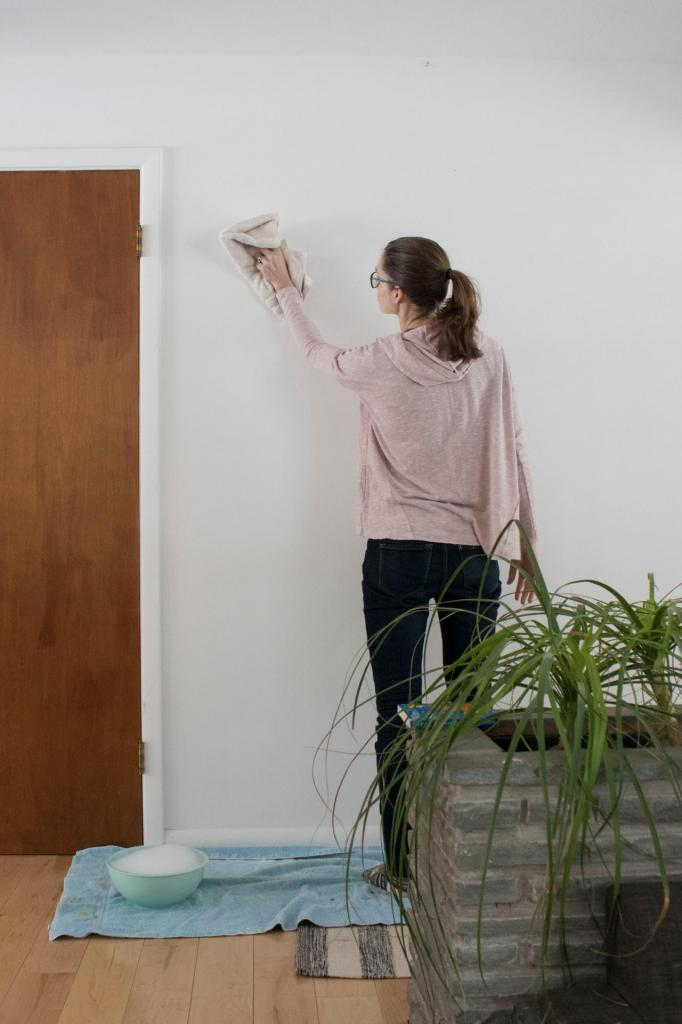plasticine wallpaper cleaning