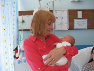 Поздравления для бабушки на рождение малыша 27