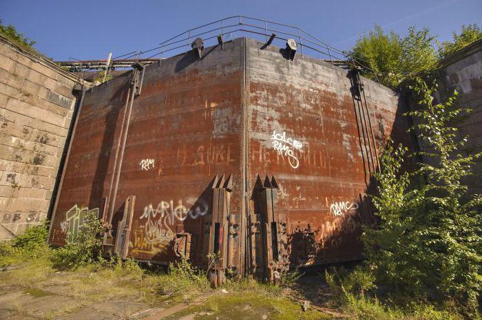 петровский док в кронштадте описание