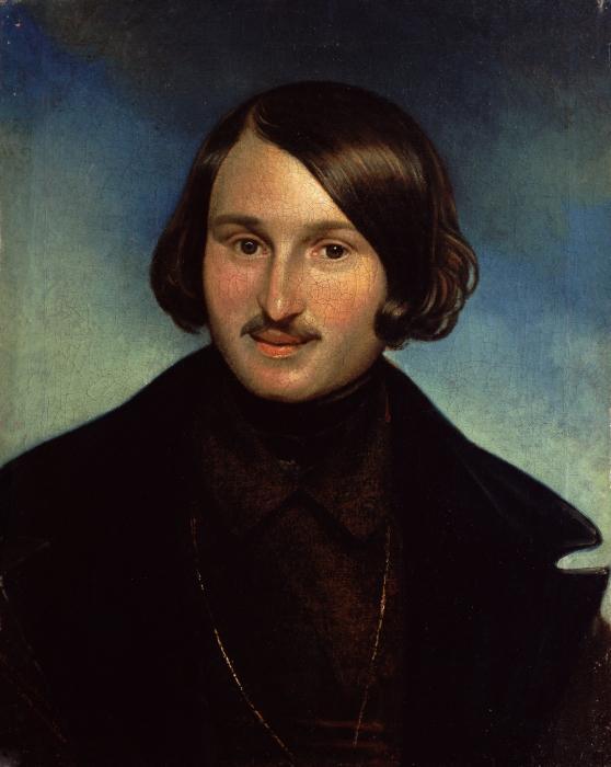 почему Гоголь назвал Мертвые души поэмой