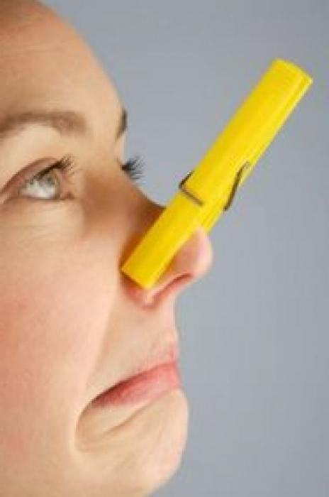 может ли быть неприятный запах изо рта