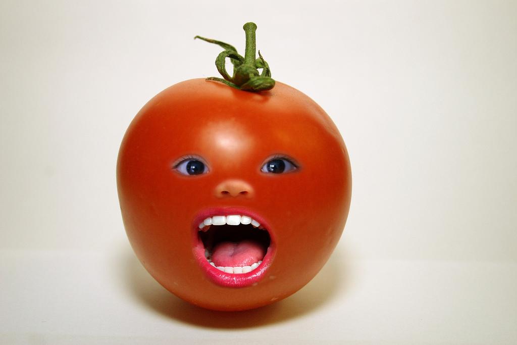 Картинка помидор смешной
