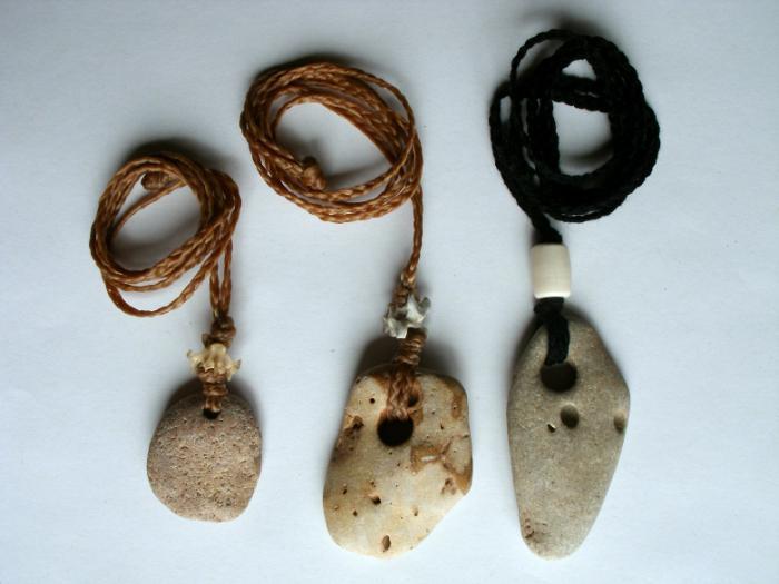 Амулеты и талисманы, обереги и их значение. Что означают символы на амулетах и талисманах