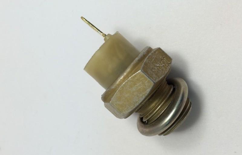 Датчик давления масла ВАЗ 2110