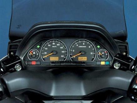 Скутер Suzuki Skywave 400: цена, технические ...