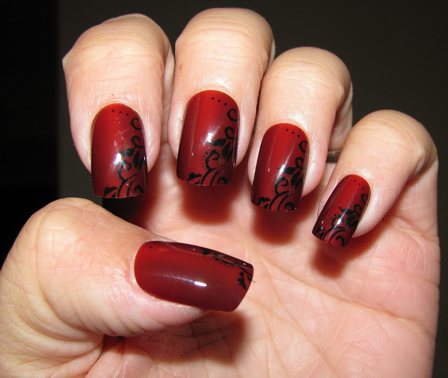 Black + red colors