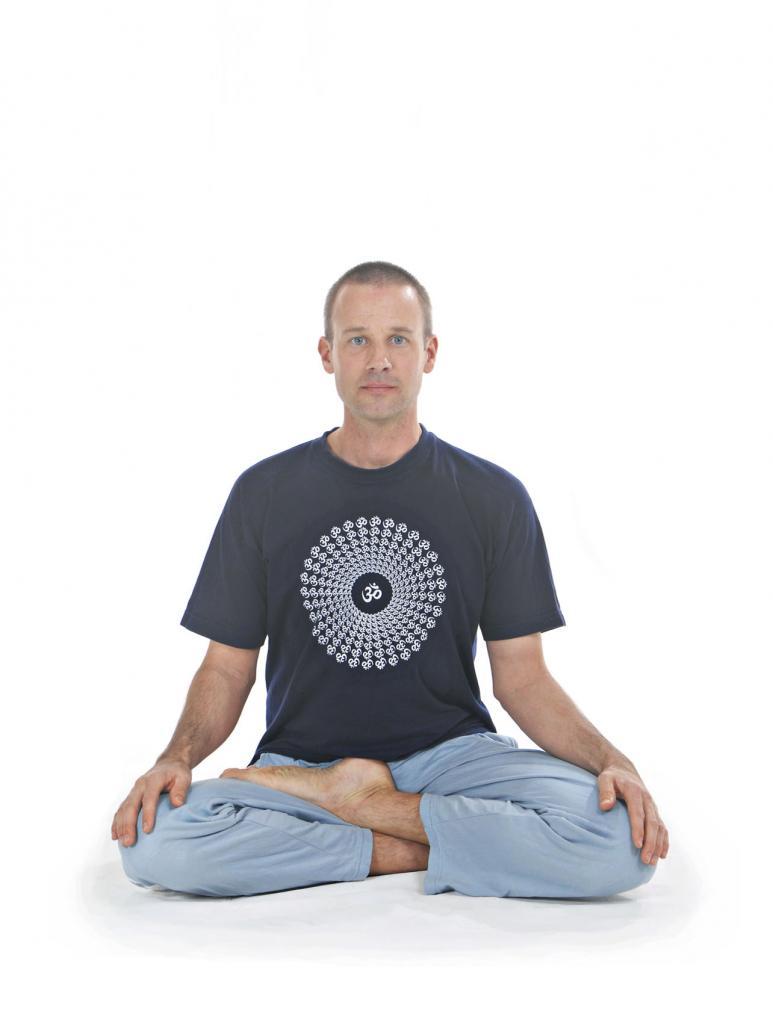 half-lotus pose in yoga