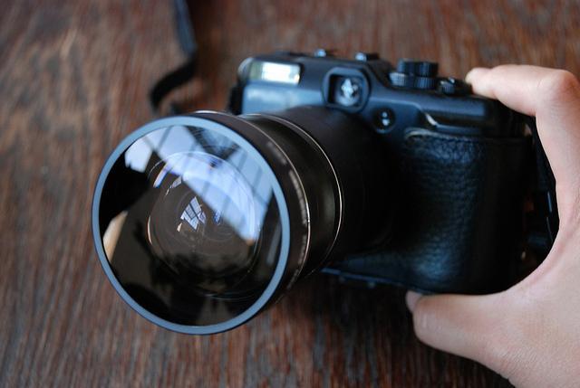 """Фотошоп VS объектив, или Как сделать эффект """"рыбий глаз"""""""