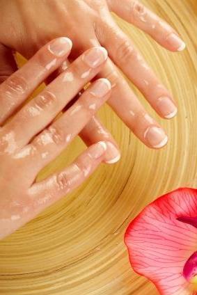 Самые эффективные ванночки для ногтей в домашних условиях