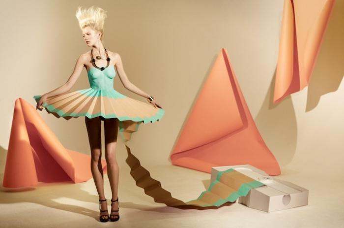 Платья вырезанные из бумаги