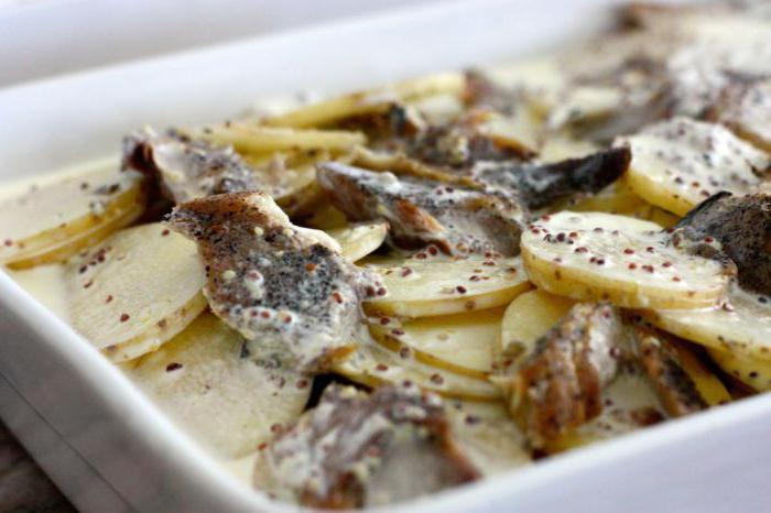 как приготовить скумбрию в духовке с картошкой вкусно