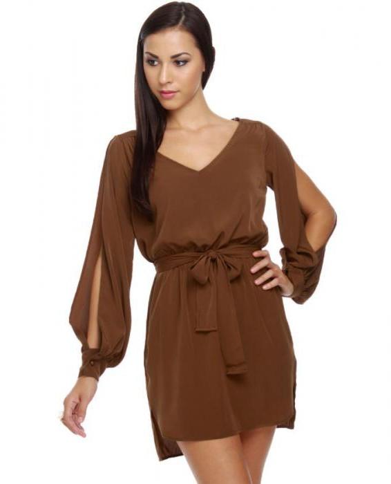 прямое коричневое платье