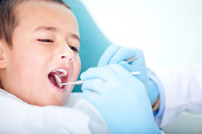 нужно ли лечить кариес на молочных зубах